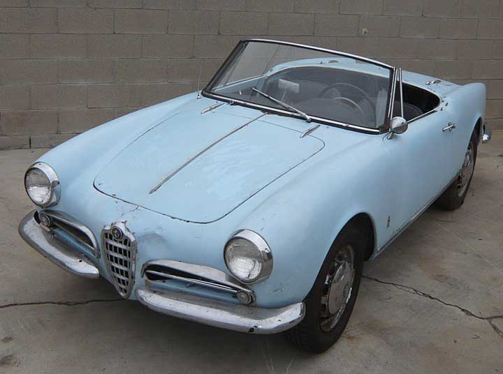 Alfa Romeo Giulietta Spider Veloce. This Spider almost looks like