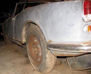sad 61 giulietta spider rusty side