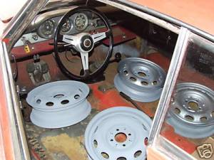 Sprint 1600 356956 wheels and interior