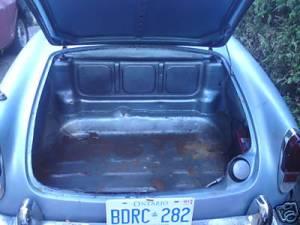 171685 trunk inside