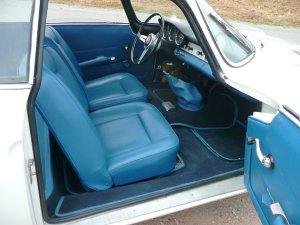380456 interior