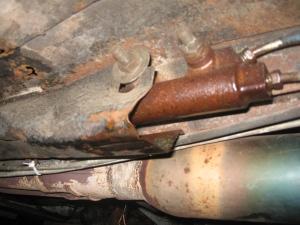 clutch master leak