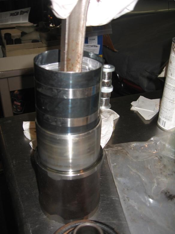 sliding piston in to liner