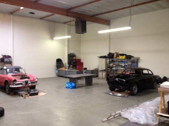 Working on my cars alfa romeo giuliettas page 2 for How many square feet is a 2 car garage