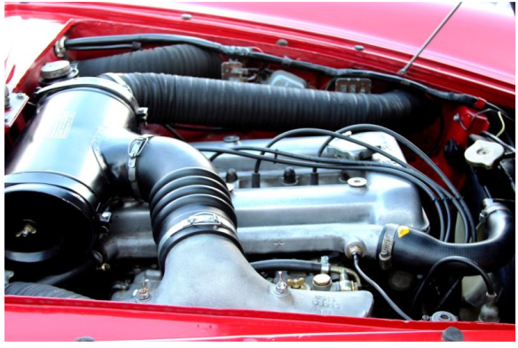 engine-compartment