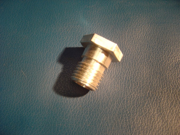 Weber air-box screws 005