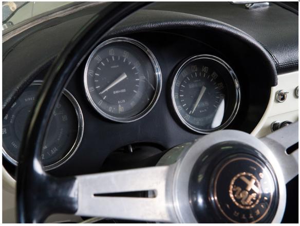 ss-00681-gauges-detail